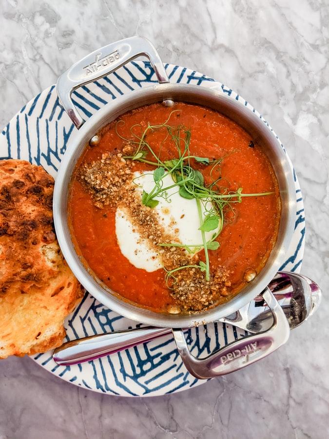 Tomatsuppe på bål