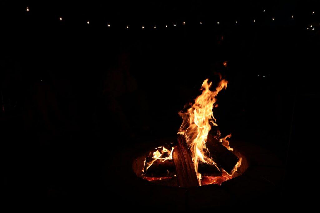 Bålfad med ild