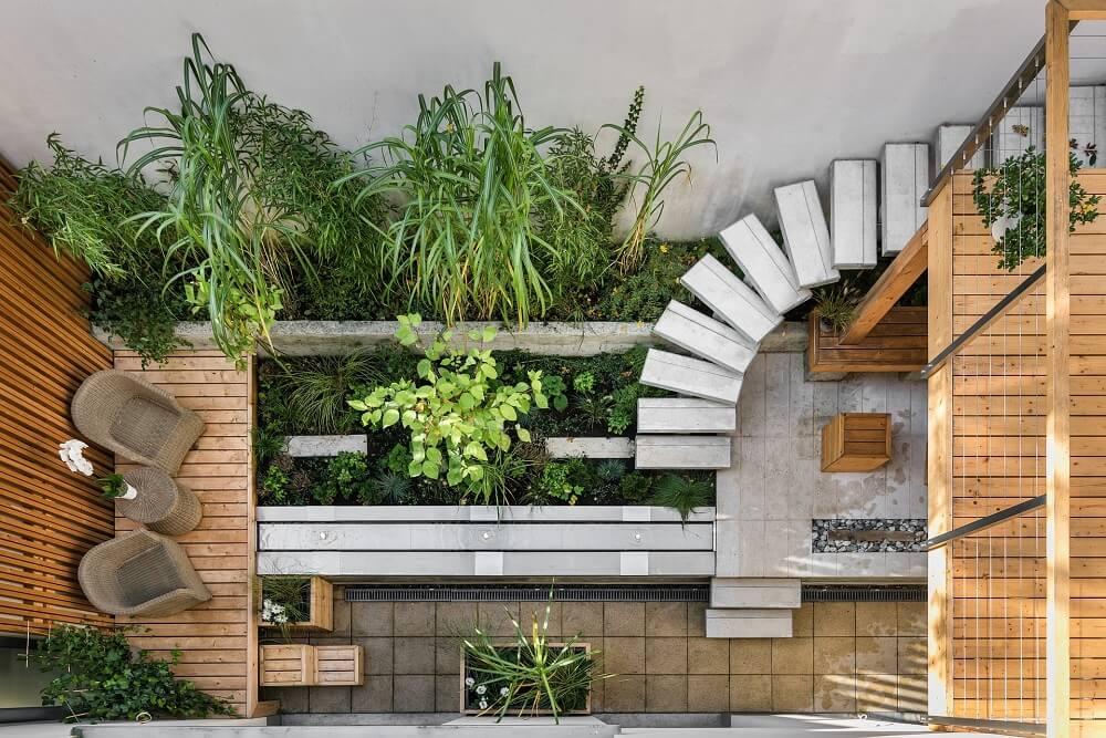 indretning af lille terrasse
